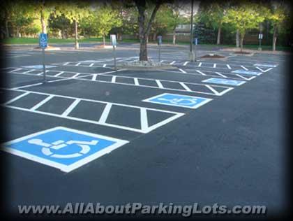 asphalt sealcoating by expert asphalt companies
